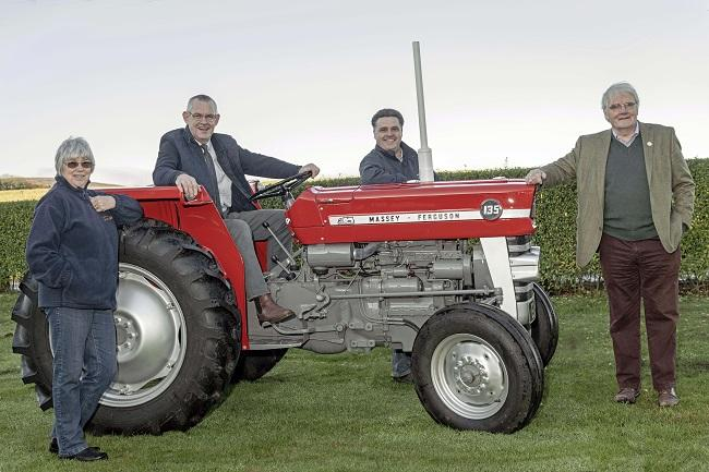 Vintage tractor auction raises over £11,000 for RSABI